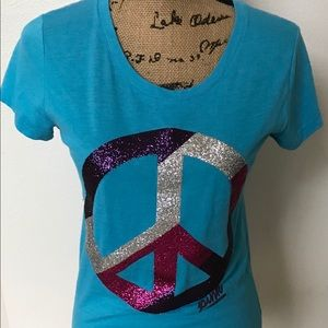 VS Pink peace sign tshirts size large